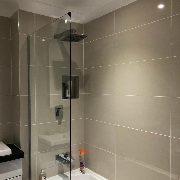 PB Design & Build: 97% Feedback, Bathroom Fitter, Kitchen