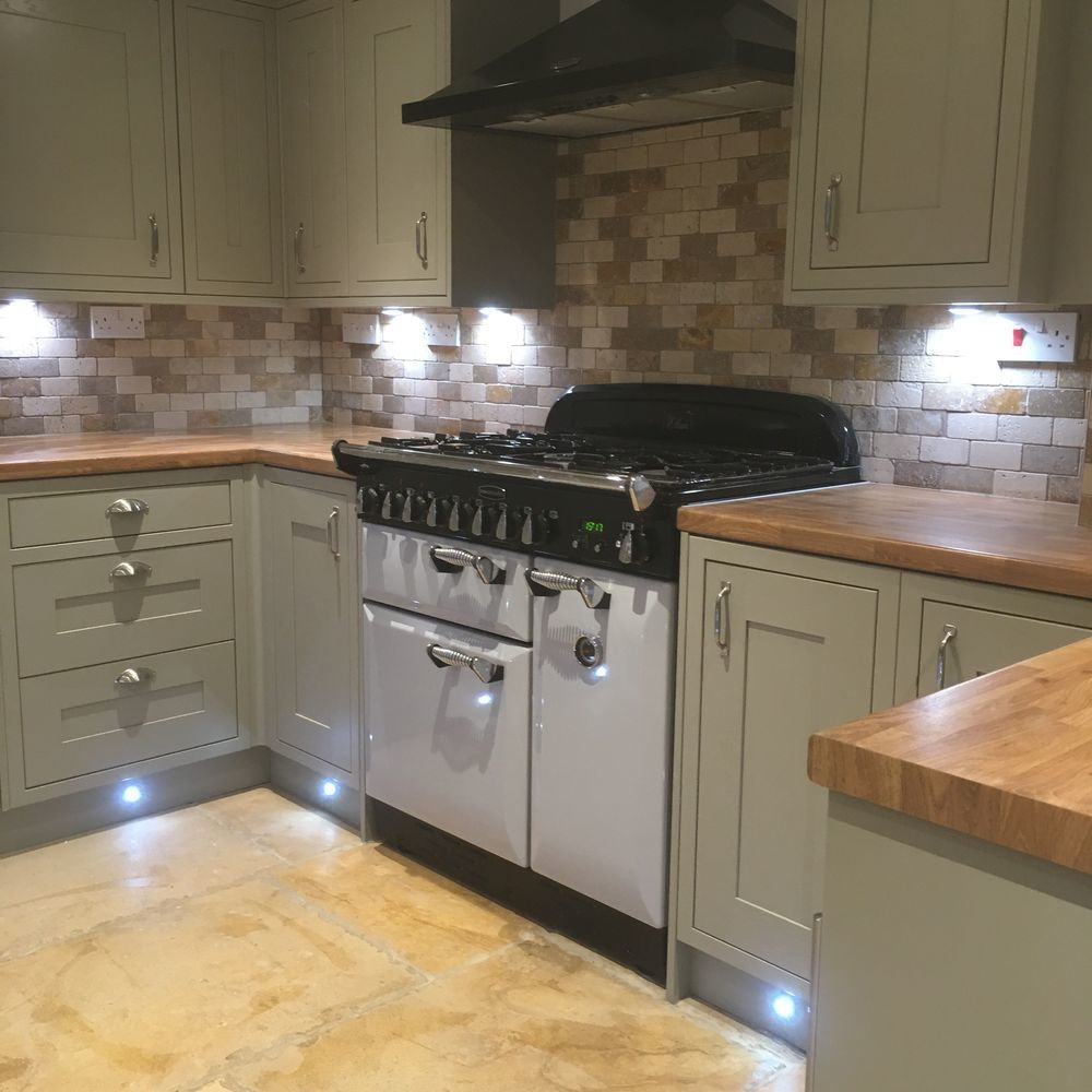 Blackberry Tiling: 100% Feedback, Tiler In Leighton Buzzard