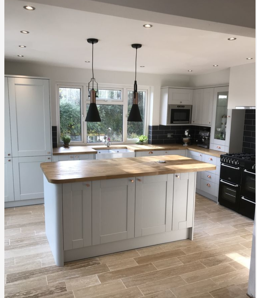 BM KITCHEN DESIGNS: 100% Feedback, Kitchen Fitter