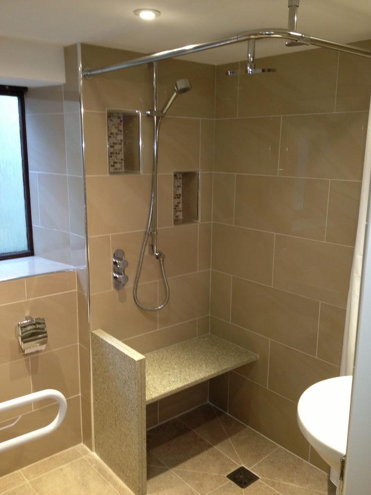 Rinnova Renovations Ltd 100 Feedback Bathroom Fitter