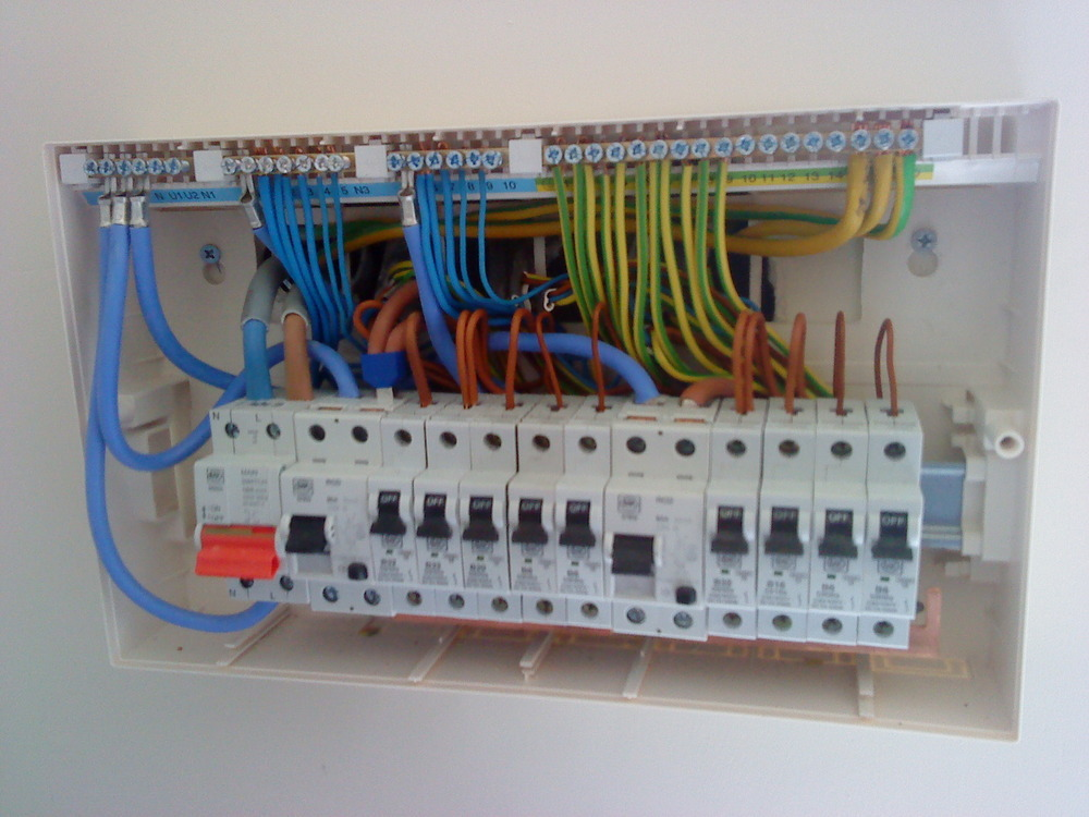 home fuse box wiring diagram home image wiring diagram home fuse box diagram jodebal com on home fuse box wiring diagram