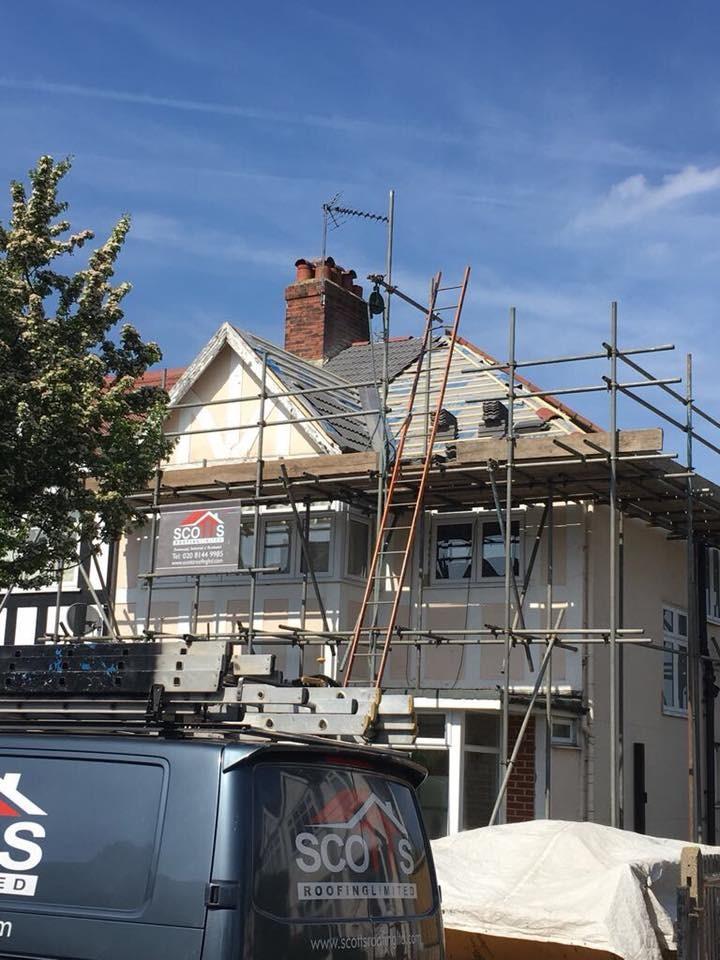 Scotts Roofing Ltd 100 Feedback Pitched Roofer Flat