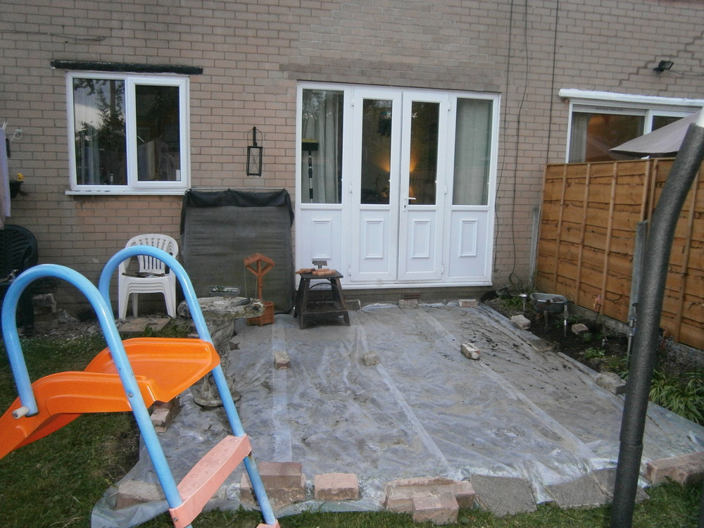 Flagging of area in back garden driveways job in for Gardening jobs manchester