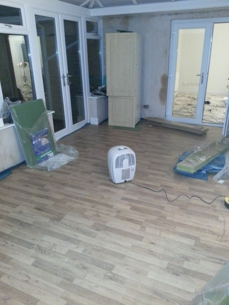 br interiors  100  feedback  kitchen fitter  flooring