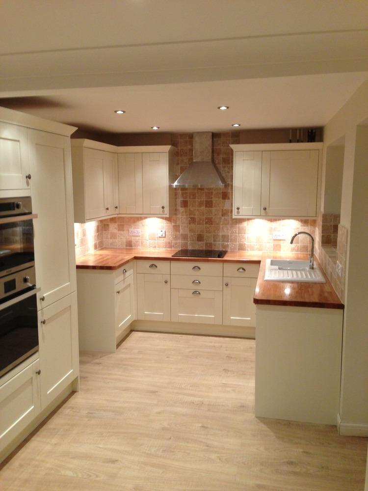 Fairway kitchens 100 feedback kitchen fitter in chelmsford for Kitchen design qualifications uk