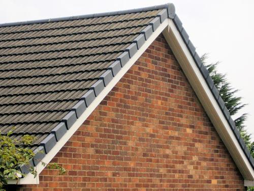Plastic Dry Verge Roof Edge Finishing Roofing Flat Job