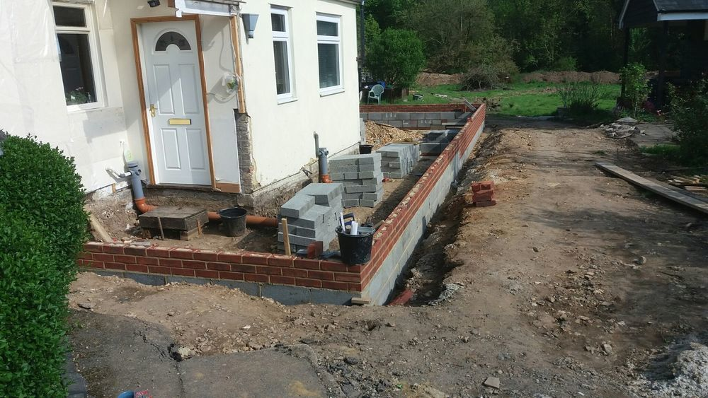 MW Building and Maintenance: Bricklayer in Ramsgate