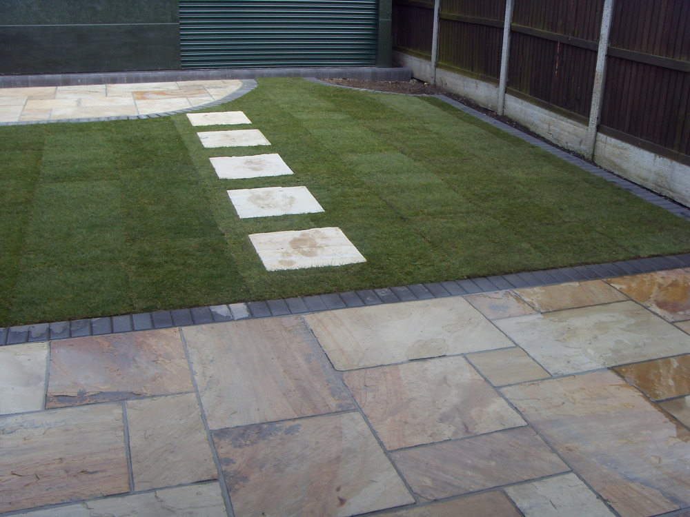 Landscaping Paver Block : Lee charles building and landscaping feedback