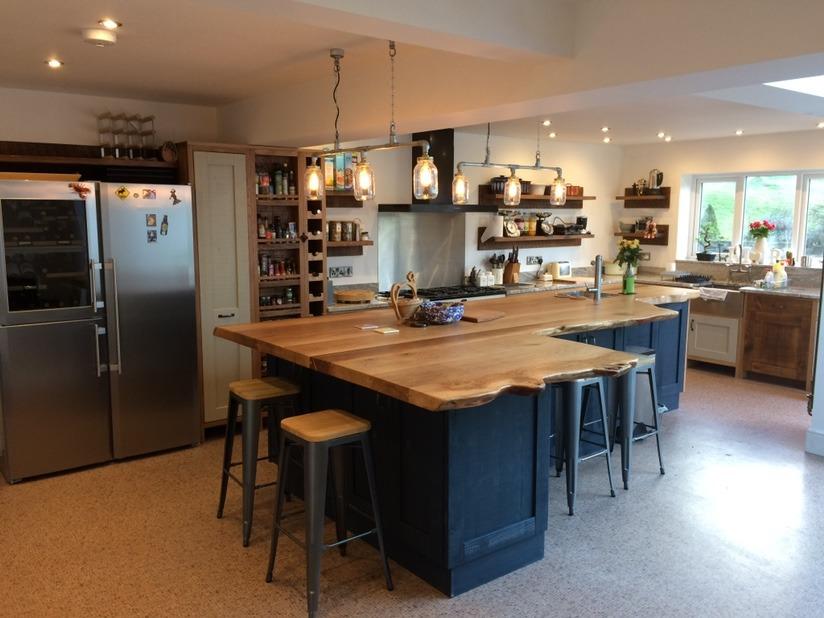molina craft furniture: carpenter, joiner, kitchen fitter