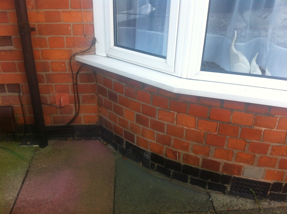 Replace spalled bricks and repoint bricklaying job in for Bathroom builders leicester
