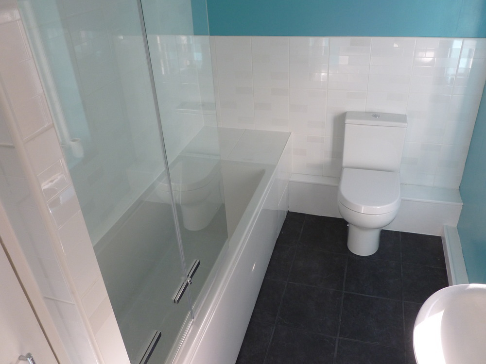 Kingfisher Bathrooms 100 Feedback Bathroom Fitter In