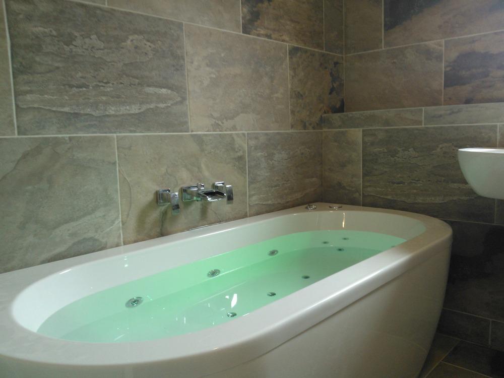 Dynamic Tiling Plumbing 100 Feedback Bathroom Fitter In Glasgow