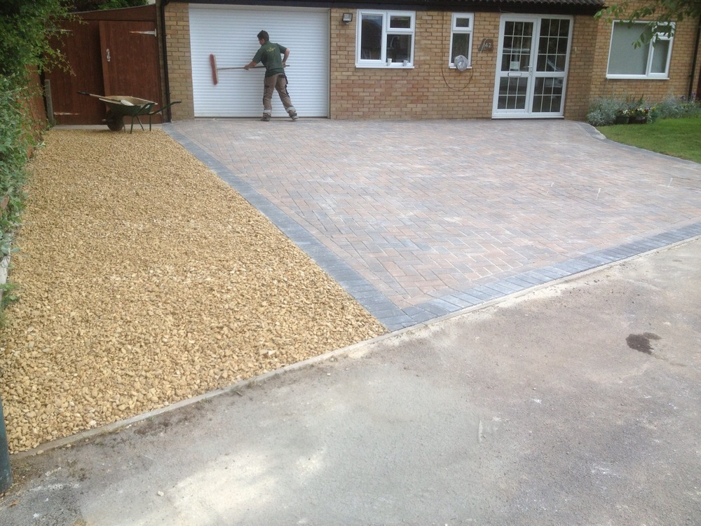 Apm Property Maintenance 100 Feedback Roofer Driveway