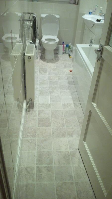 Lay lino flooring in bathroom and kitchen flooring job for Fitting lino in bathroom