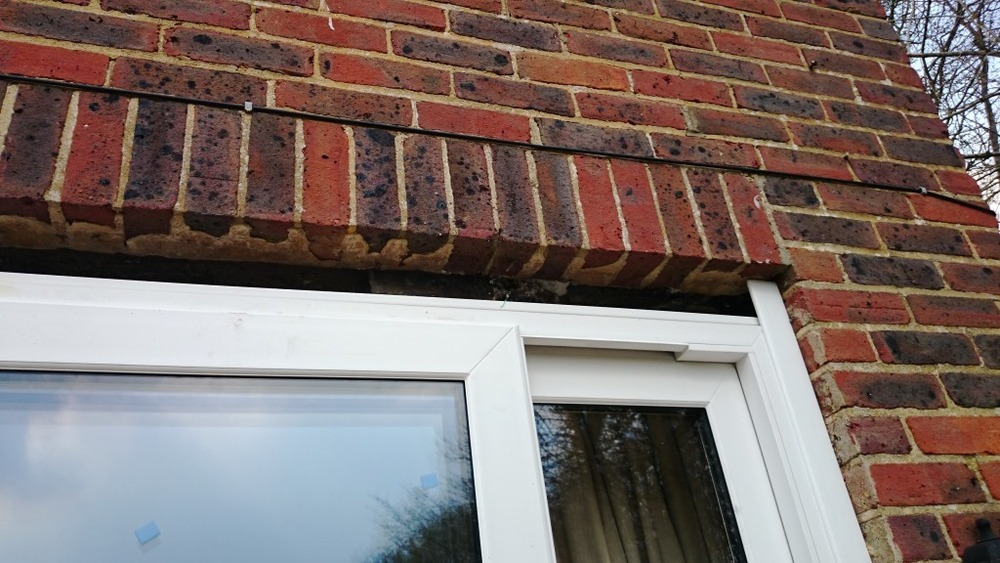 Installation Of Catnic Lintel And Cavity Tray