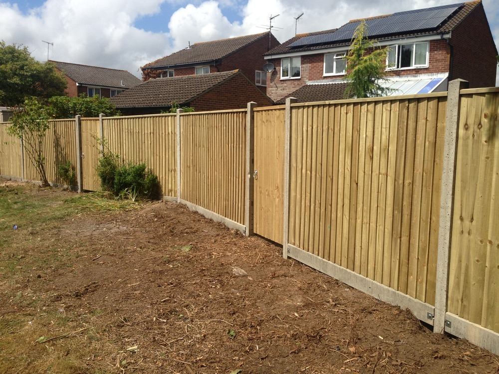 Bh garden solutions 100 feedback landscape gardener for Garden maintenance christchurch