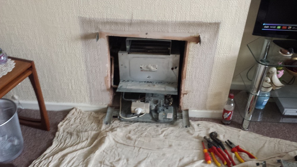 Torbay Gas 100 Feedback Gas Engineer Plumber Bathroom