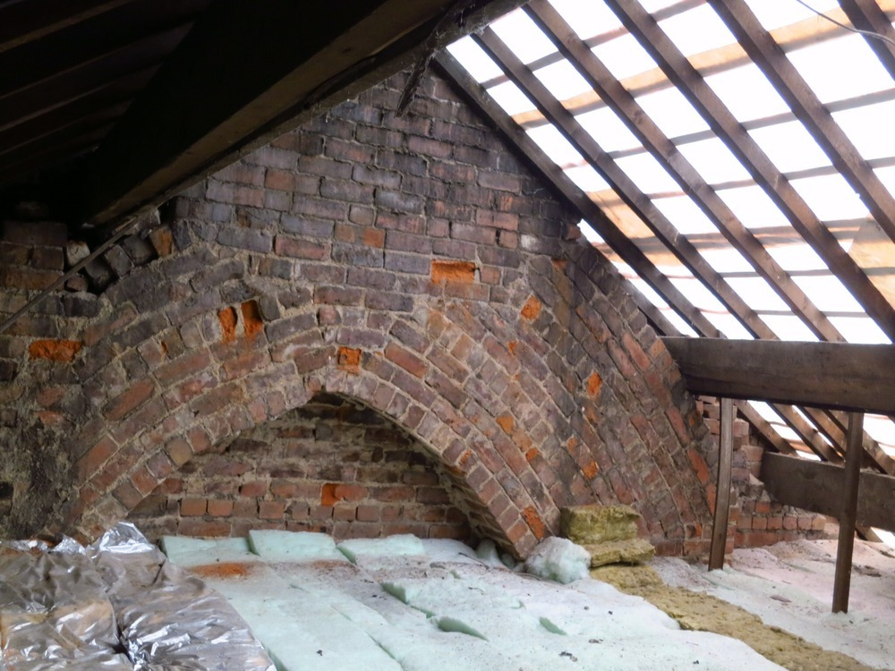 Rebuild Gable End Bricklaying Job In Manchester