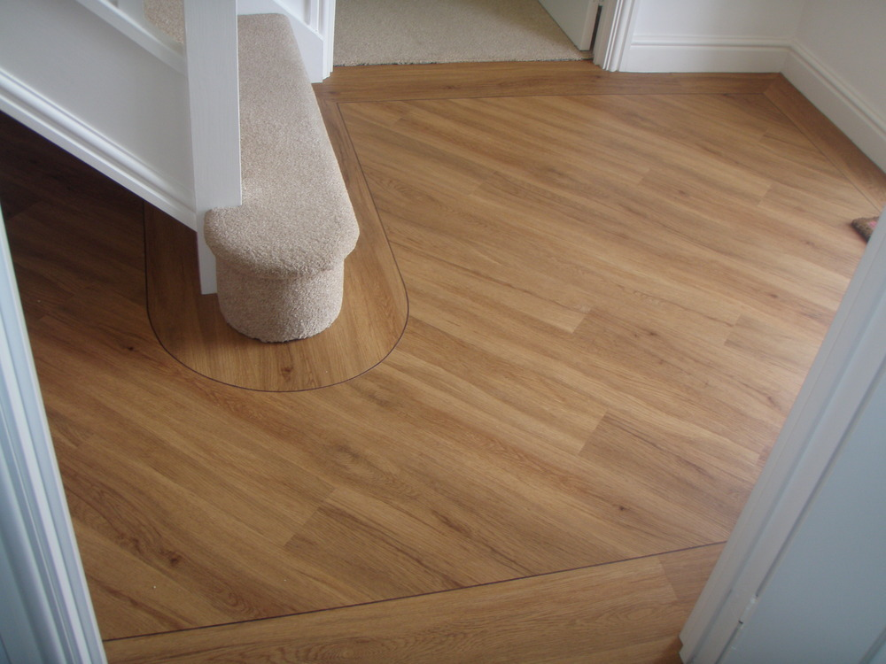 VINYL Oak Wood effect Planks Laid On 45 Degree Angle With Strip