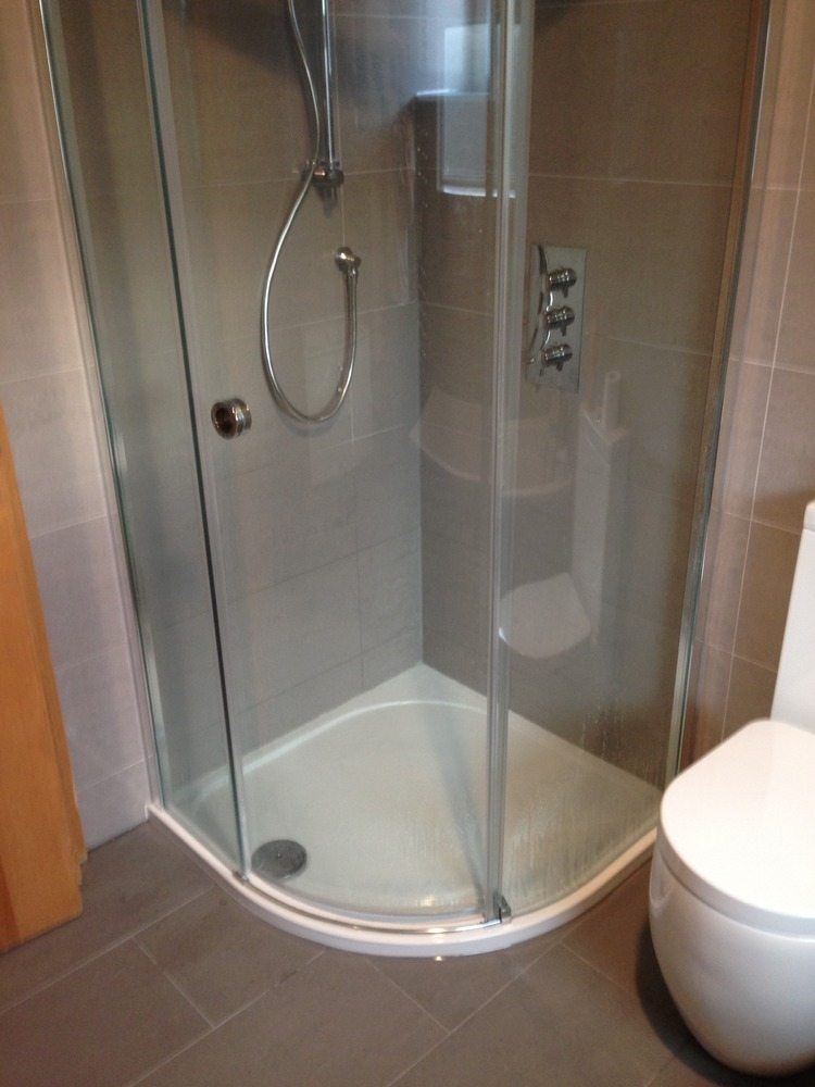 Wickes bathroom sink and toilet picture with undermount bathroom sink