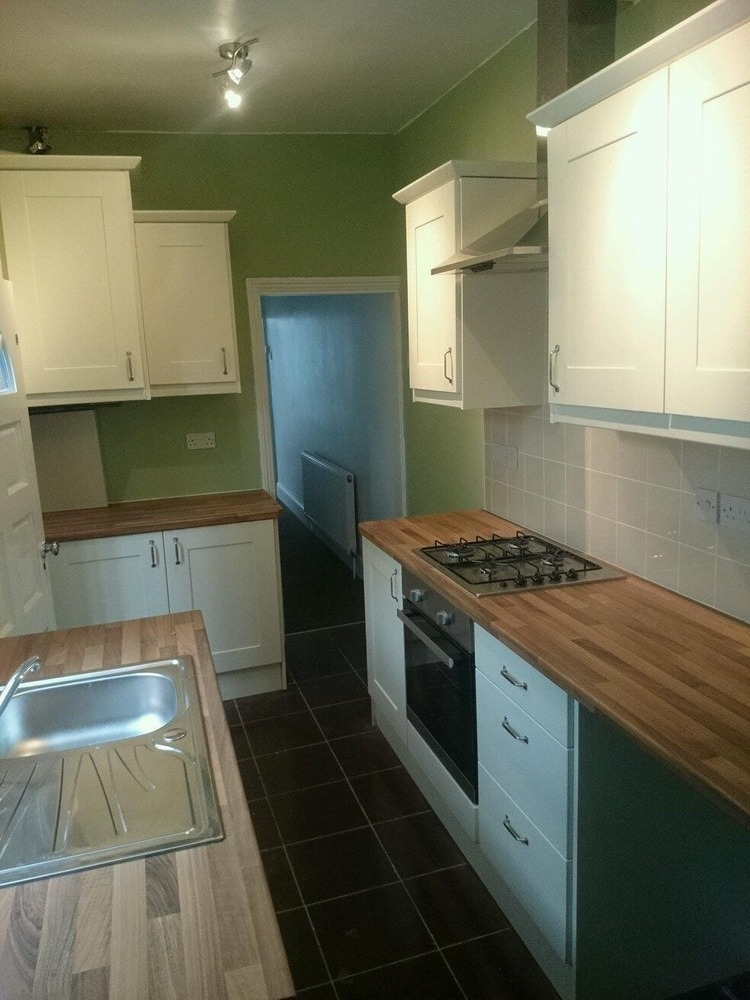 Harvest Oak Property Services 100 Feedback Kitchen Fitter Carpenter Joiner Restoration