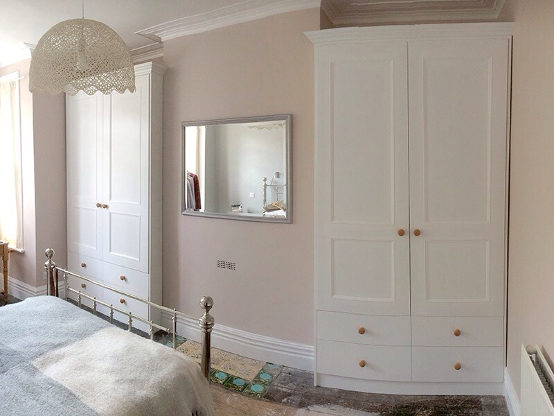 Wardrobe Doors For Alcove Carpentry Job In Wolverhampton