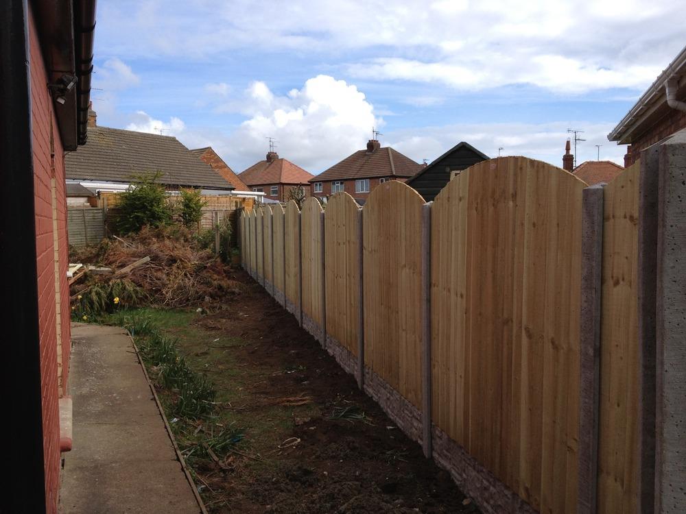 Pv deck fitting 100 feedback carpenter joiner fencer for Garden decking fitters