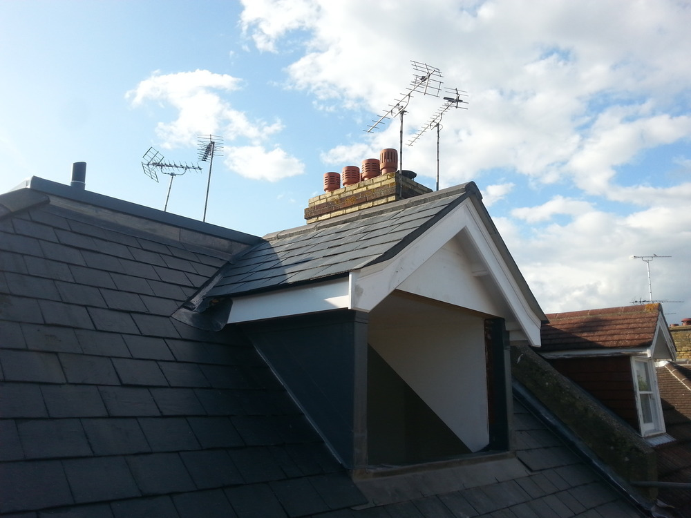Barnes And Thorne Professional Roofing Flat Roofer In Harlow