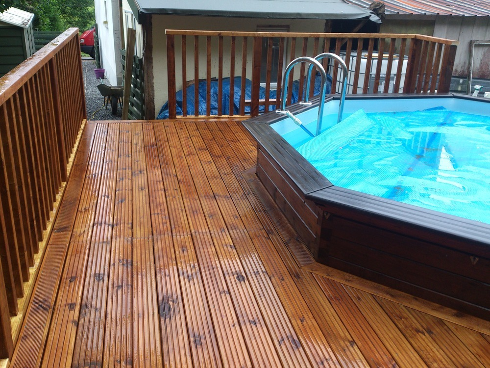 Decking and landscaping by leigh 100 feedback landscape for Garden decking maidstone