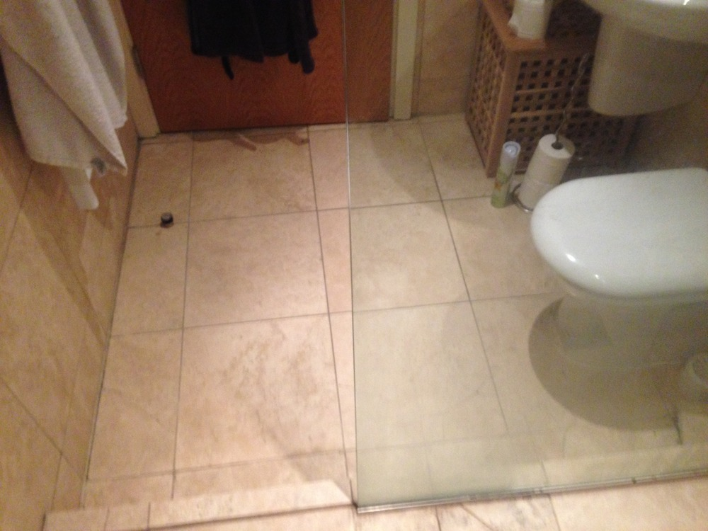 Bathroom Floor Retile 5 7 Quot X 4 9 Quot Amp Wetroom 5 7 Quot X 3