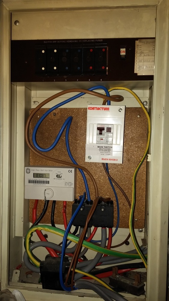 Install a new consumer unit to replace old fuse box