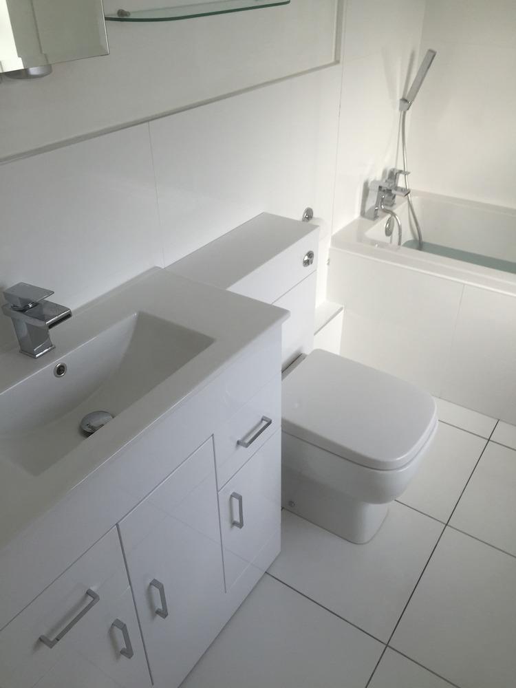 Ohis Orange Home Improvements 100 Feedback Bathroom Fitter Kitchen Fitter Plumber In Nottingham