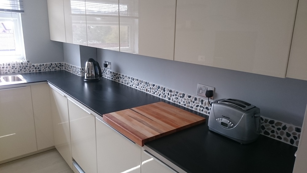 Aylsham on tap 100 feedback kitchen fitter bathroom for Bathroom design norwich