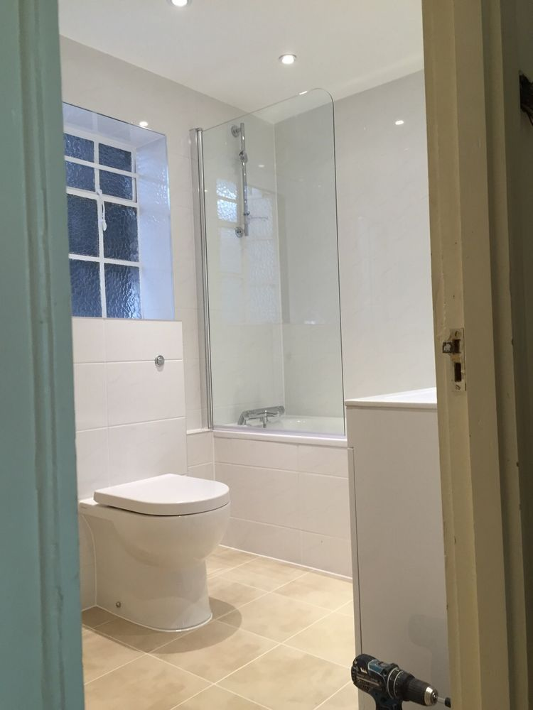Rm20 construction 67 feedback bathroom fitter kitchen for Bathroom fitters near me