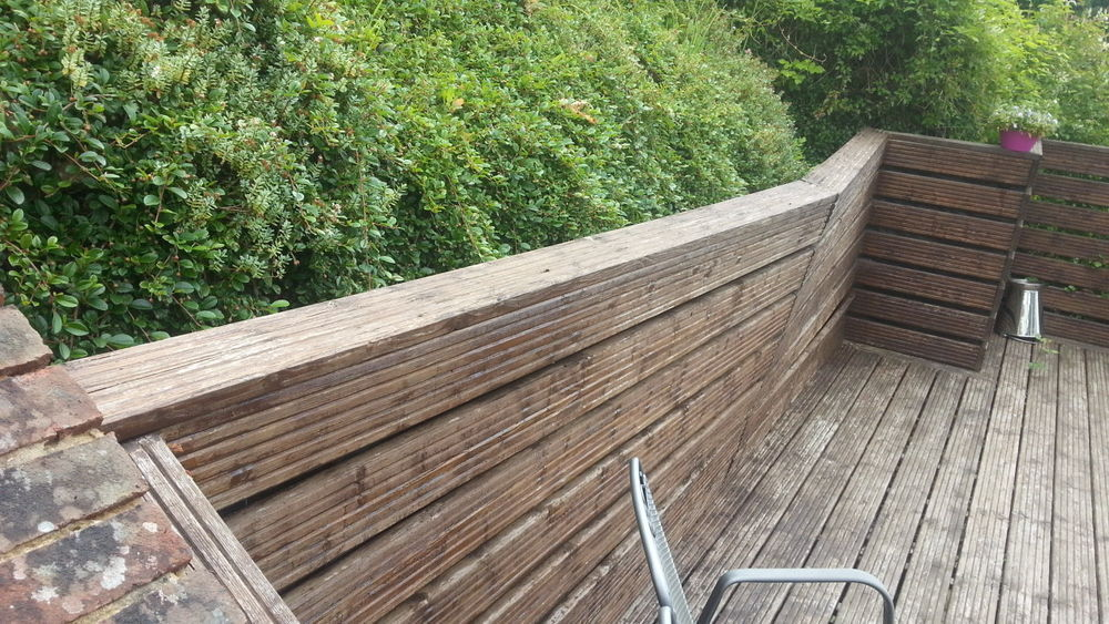 Fixing A Leaning Retaining Wall : Repair of leaning retaining wall decking landscape