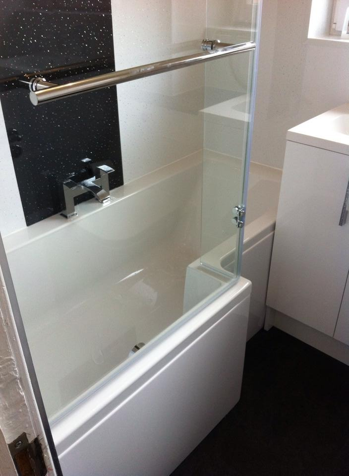 Currie Home Improvements 100 Feedback Bathroom Fitter
