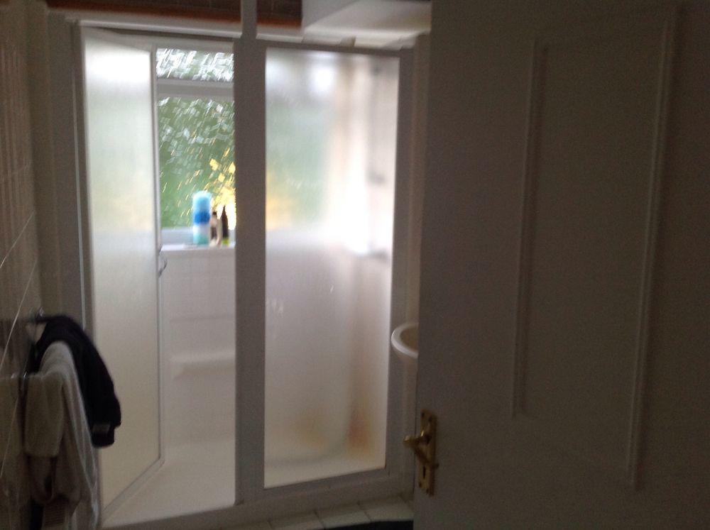 Kitchen And Bathroom Tiling Job In Chigwell Essex Mybuilder