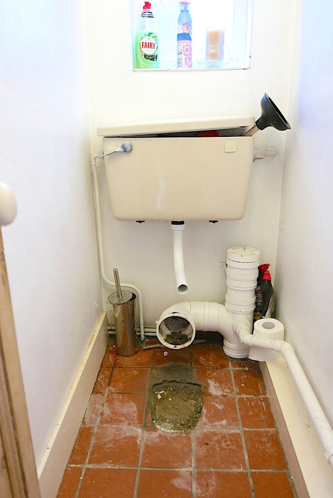 Downstairs Toilet Waste Pipe Prob New Toilet Cistern Si
