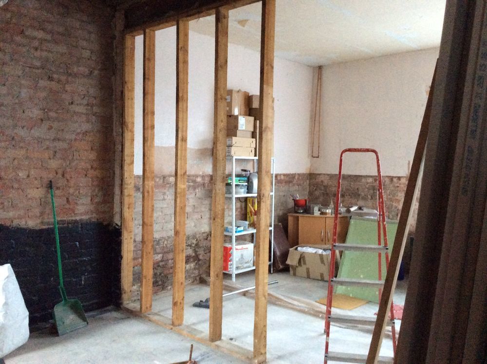 Photographs & Block up two iding walls. French doors fitting - Bricklaying ... pezcame.com