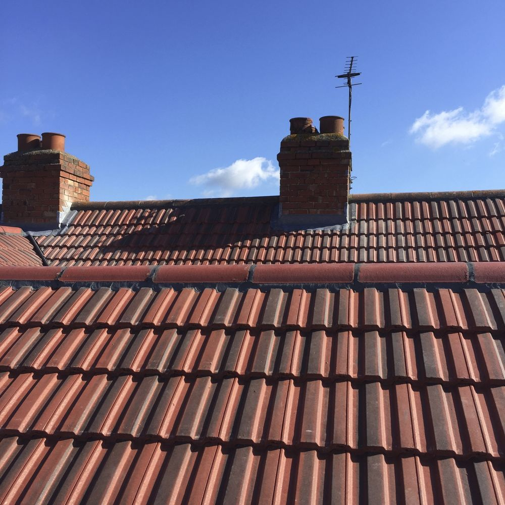 Dandon Roofing Specalists Pitched Roofer Flat Roofer