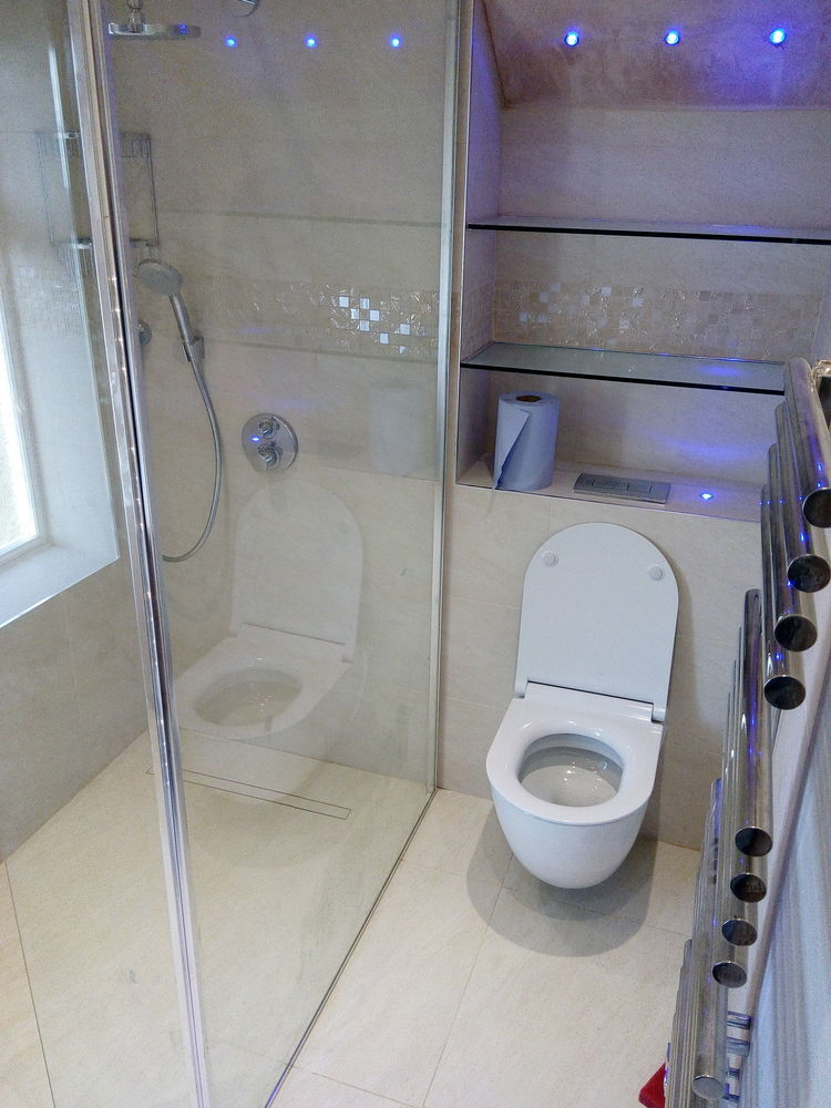 Andbuild 100 Feedback Bathroom Fitter Tiler Plumber In London