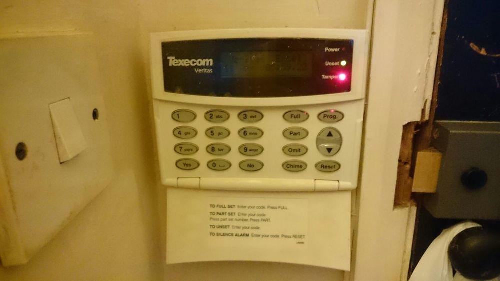 Remove Old Quot Texecom Veritas Quot Flat Alarm System Security