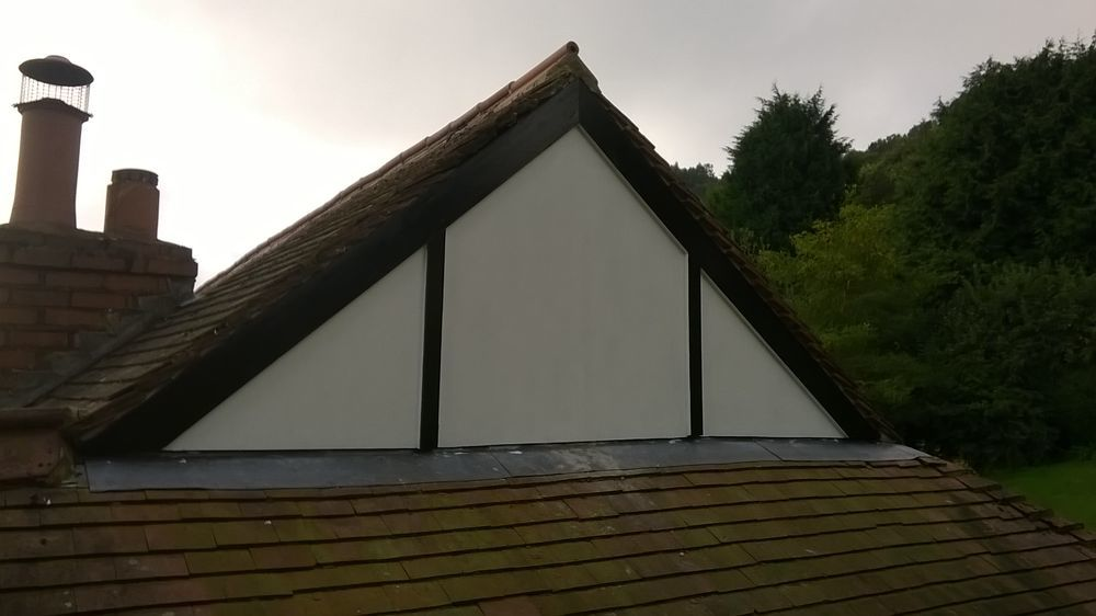 Hodgkiss Roofing 100 Feedback Pitched Roofer Flat