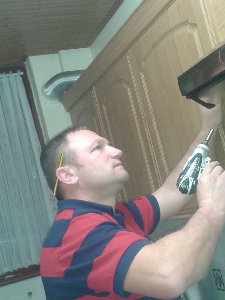 V H  Electrical  100  Feedback  Electrician  Kitchen Fitter In Waltham Cross