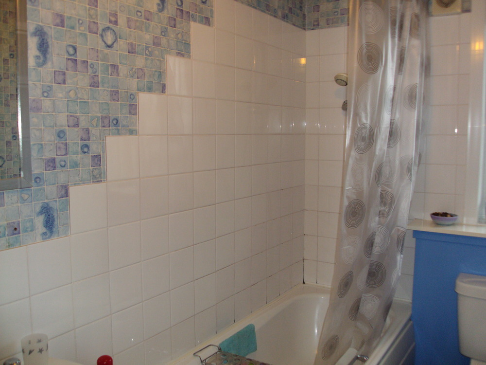 Bathroom Retiled Around Bath And Sink Area Tiling Job In