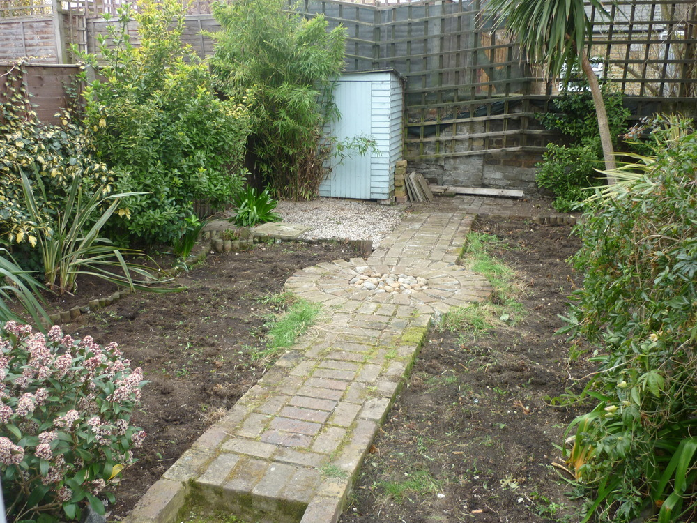 Remove Small Brick Path Lay Chipped Slate Amp Edging
