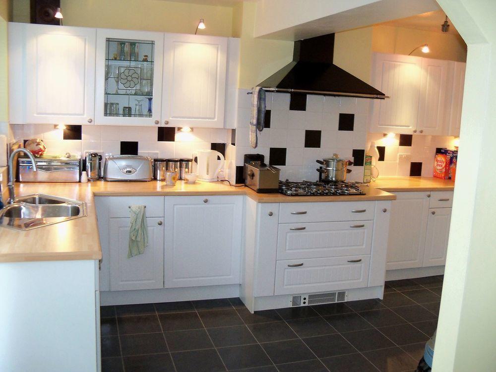 Smithy 39 S Kitchens 100 Feedback Kitchen Fitter Plumber In Milton Keynes