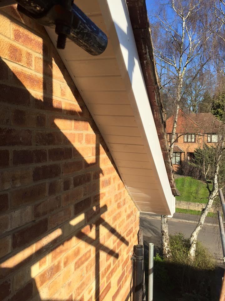 Crown Jubilee Ltd 100 Feedback Roofer Painter