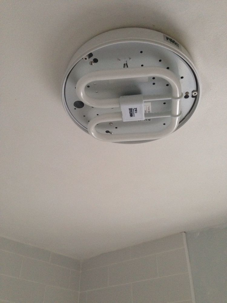 Bathroom Lights Wont Turn On bathroom light not working daytona 28w 4pin petersfield