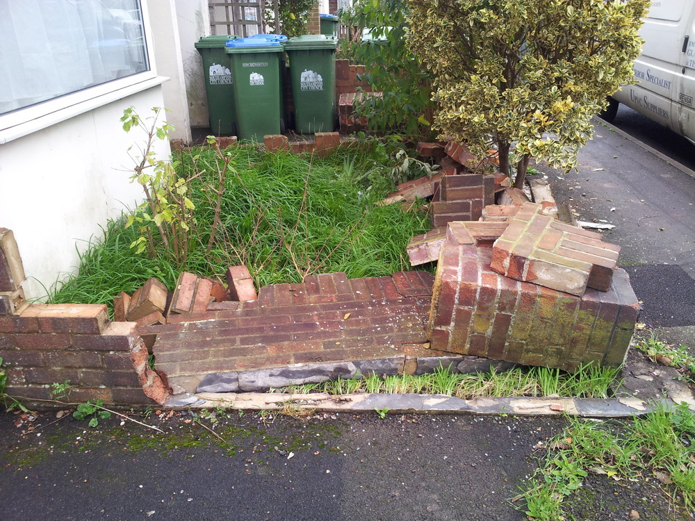 Rebuild Front Garden Boundary Wall And Fix/Replace Gate - Bricklaying Job In Southampton ...